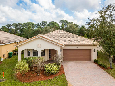 Port Saint Lucie Single Family Home For Sale: 1788 SW Jamesport Drive