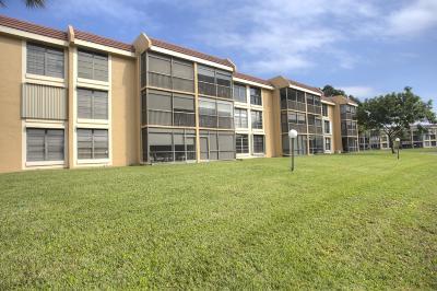 Margate FL Condo For Sale: $135,000