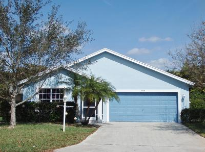 Stuart Single Family Home For Sale: 2579 SW Riviera Road