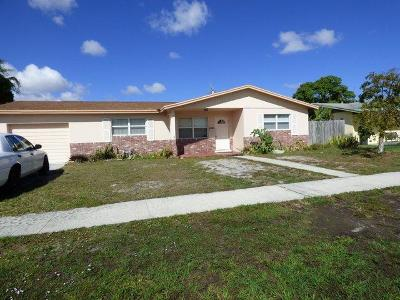 West Palm Beach Single Family Home For Sale: 2621 Mores Road