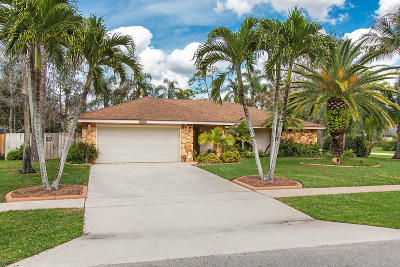 Wellington Single Family Home For Sale: 12447 Westhall Place