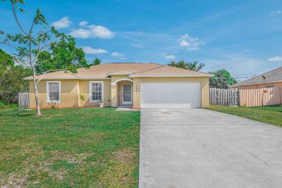 Port Saint Lucie Single Family Home For Sale: 2031 SE Berkshire Boulevard