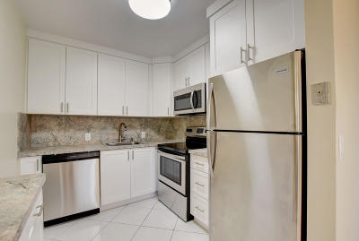 Boca Raton Condo For Sale: 96 Dorset C