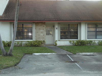 West Palm Beach Townhouse For Sale: 1200 Parkside Green Drive #E