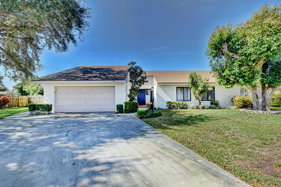 West Palm Beach Single Family Home For Sale: 3678 Aralia Court