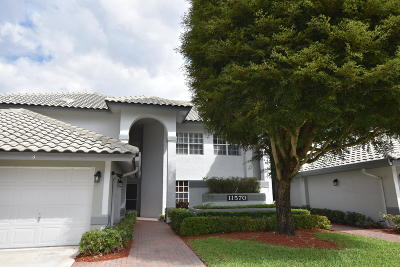Boynton Beach Condo For Sale: 11570 Briarwood Circle #3