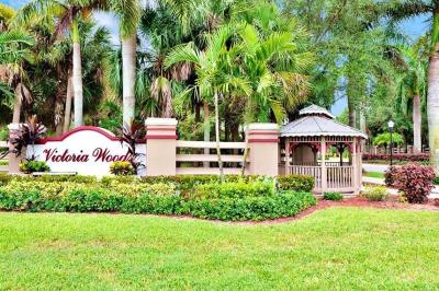 West Palm Beach Single Family Home For Sale: 1332 Strawberry Lane