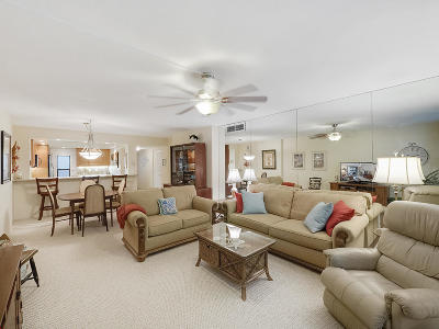 Palm Beach Shores FL Condo For Sale: $339,000