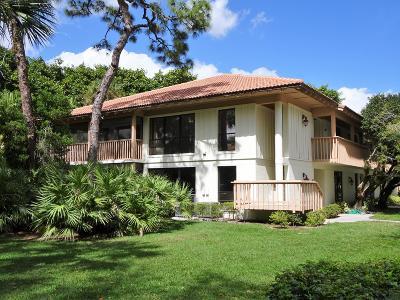 Palm Beach Gardens Condo For Sale: 122 Brackenwood Road