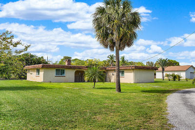 Lake Worth Single Family Home For Sale: 5327 Woods West Drive