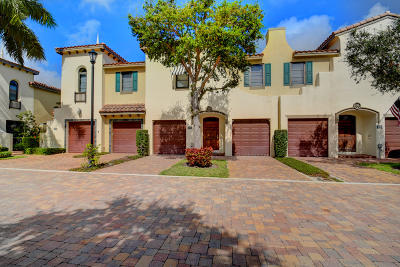 Hypoluxo FL Townhouse For Sale: $389,000
