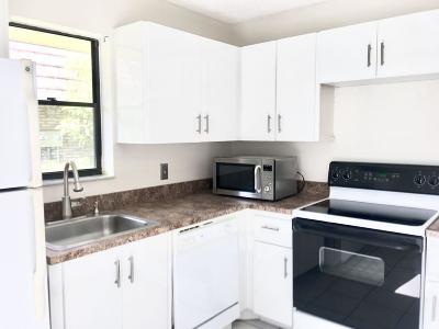 Boca Raton FL Rental For Rent: $1,700
