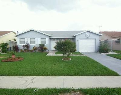Boca Raton FL Single Family Home For Sale: $319,999