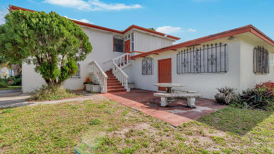 Lake Worth Single Family Home For Sale: 730 Lynwood Drive