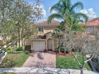 West Palm Beach FL Single Family Home For Sale: $305,000
