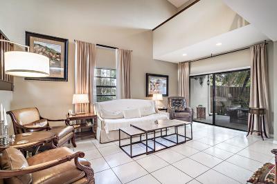 Palm Beach Gardens Townhouse For Sale: 6011 Edgemere Court
