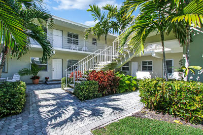 Delray Beach Condo For Sale: 100 Venetian Drive #2