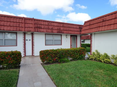 Delray Beach Single Family Home For Sale: 87 Waterford D