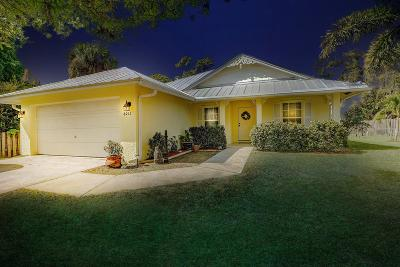 Fort Pierce Single Family Home For Sale: 6011 Papaya Drive