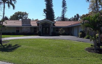 Atlantis Single Family Home For Sale: 437 Country Club Dr N