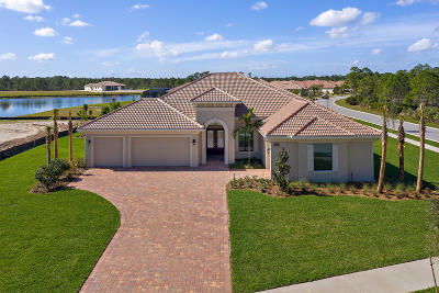 Palm City Single Family Home For Sale: 2888 SW English Garden Drive