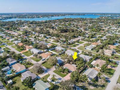 Jupiter FL Single Family Home For Sale: $320,000
