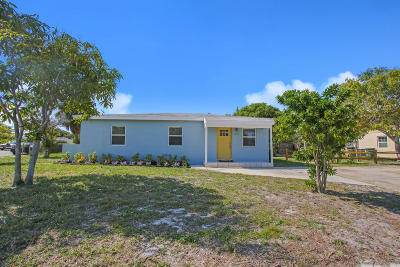Lake Worth Single Family Home For Sale: 1425 S C Terrace