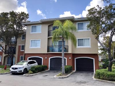 West Palm Beach Condo For Sale: 4159 Haverhill Road #1305