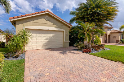 Delray Beach Single Family Home For Sale: 14832 Strand Lane