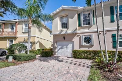 Palm Beach Gardens Townhouse For Sale: 470 Capistrano Drive