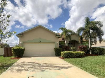 Port Saint Lucie Single Family Home For Sale: 412 SW Cherryhill Road