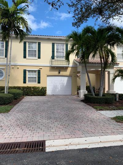 Palm Beach Gardens Townhouse For Sale: 508 Capistrano Drive