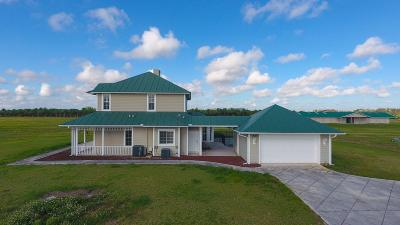 Indiantown Single Family Home For Sale: 13700 SW Groveside Drive