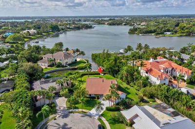 Tequesta Single Family Home Contingent: 141 Pine Hill Trail W