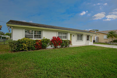 Fort Pierce Single Family Home For Sale: 5107 Palm Drive