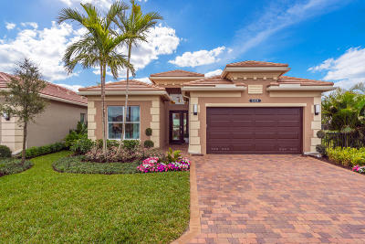 Delray Beach Single Family Home For Sale: 9721 Salty Bay Drive