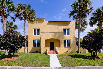 Fort Pierce Single Family Home For Sale: 604 Beach Court