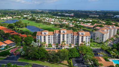 Boca Raton Condo For Sale: 17031 Boca Club Boulevard #064a