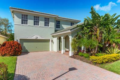 Stuart Single Family Home For Sale: 839 SE Warren Way