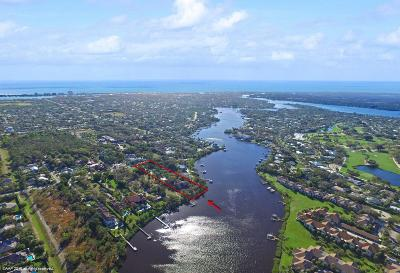 Tequesta Single Family Home Contingent: 19050 SE County Line Road