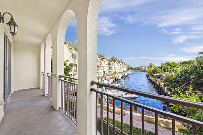 Boynton Beach Townhouse For Sale: 3149 Waterside Circle