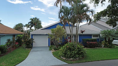 Jensen Beach Single Family Home For Sale: 3282 NE Spinnaker Way