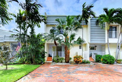Highland Beach Townhouse For Sale: 1110 Russell Drive #68