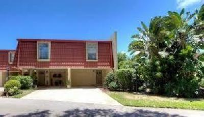 North Palm Beach Condo For Sale: 398 Golfview Road #H