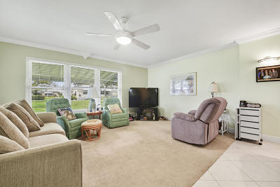 Delray Beach Condo For Sale: 1015 S Drive #A