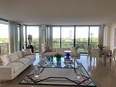 West Palm Beach Condo For Sale: 2427 Presidential Way #804