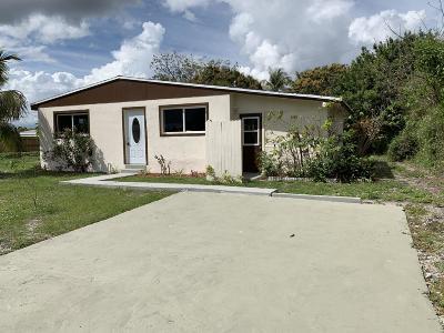 Lantana Single Family Home For Sale: 431 Cheyenne Drive