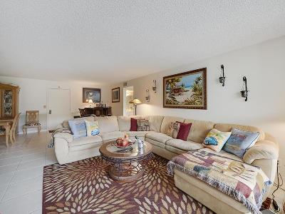 Palm Beach Condo For Sale: 3200 S Ocean Boulevard #A102