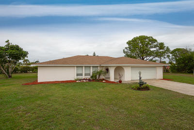 Jensen Beach Single Family Home Contingent: 1259 NE 29th Terrace
