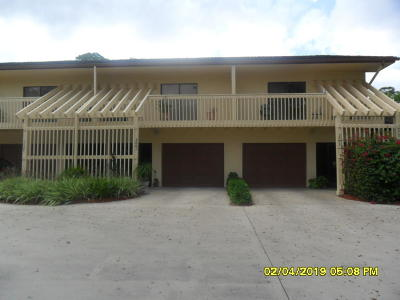 Fort Pierce Townhouse For Sale: 3001 Bent Pine Drive